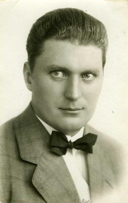 Forfatteren Frithjof E. Bye